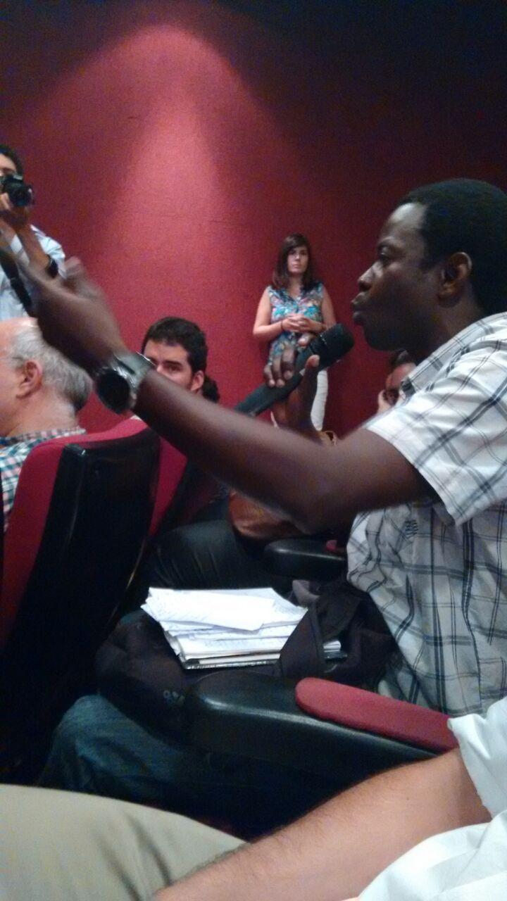 No público, brasileiros e migrantes ajudaram a enriquecer o debate. Crédito: Lya Maeda