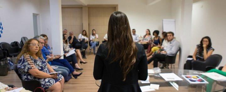 Novo guia orienta empresas sobre contratação de refugiados