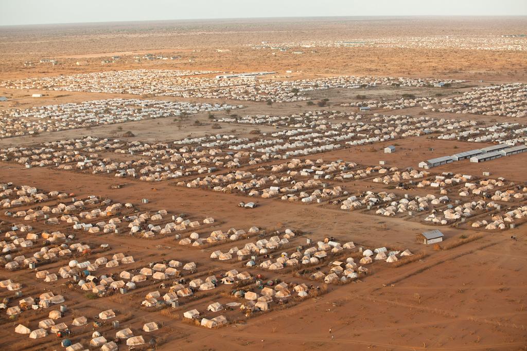 Vista geral do campo de refugiados de Daddab, no Quênia, o maior do mundo. Crédito: ACNUR