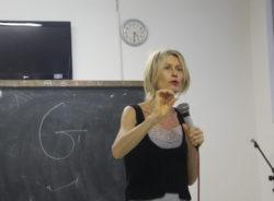 Italiana em SP busca apoio para unir aulas de italiano e culinária em um único curso