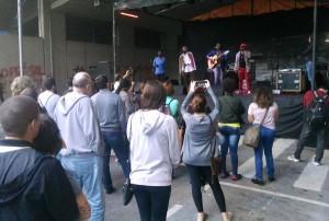 Grupos que formam a FIRI têm desenvolvido diversas ações culturais para sensibilizar brasileiros para a questão do refúgio e dos migrantes em geral. Crédito: Géssica Brandino