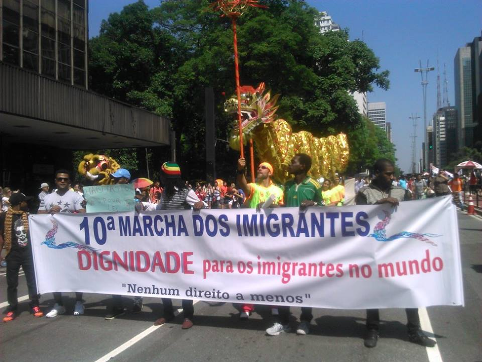 """Dignidade para os imigrantes no mundo"" foi o lema da Marcha deste ano. Crédito: Géssica Brandino"