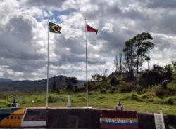 Governos falham na assistência a venezuelanos, aponta missão do CNDH