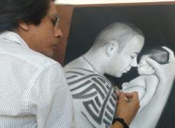 Artista migrante encontra portas abertas no Brasil para consolidar carreira como desenhista