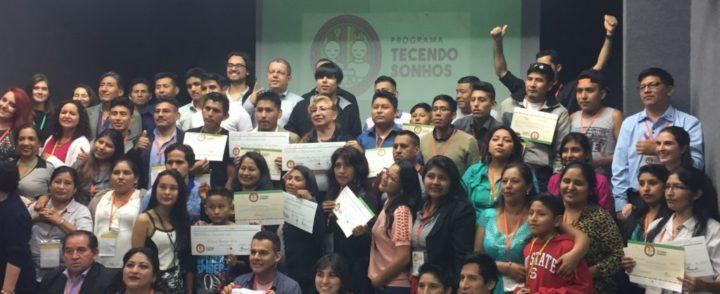 Formatura de curso de empreendedorismo para imigrantes vai além da entrega de certificados
