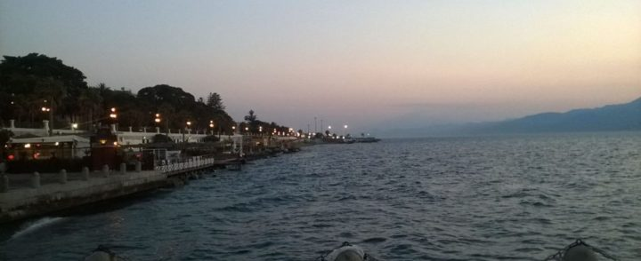 De pedinte de esmola a membro de igreja, refugiados tentam recomeçar vida na Calábria, sul da Itália