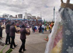 Comunidade boliviana em São Paulo une fé, cultura e ato cívico em festa no Memorial