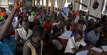 Criança refugiada tem 5 vezes menos chance de estudar, aponta ONU