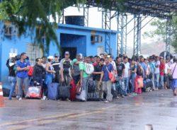 Sob expectativa, começa interiorização de venezuelanos pelo Brasil