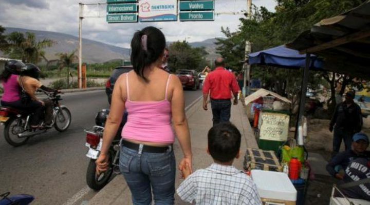 Fechar a fronteira? Especialistas apontam outras saídas para Roraima e venezuelanos