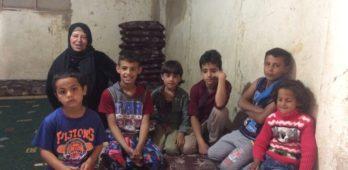 Casal de refugiados sírios vive desafio de criar 17 crianças no Líbano