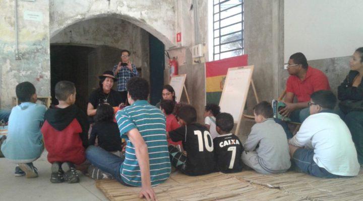 Ocupação artística em SP promove reflexão e diversão sobre a cultura boliviana